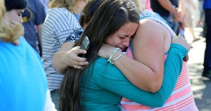 635793191437715269-AP-APTOPIX-OREGON-SCHOOL-SHOOTING-76403036